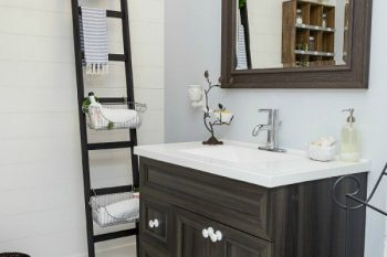 Organizing and Cleaning the Bathroom {March HOD}