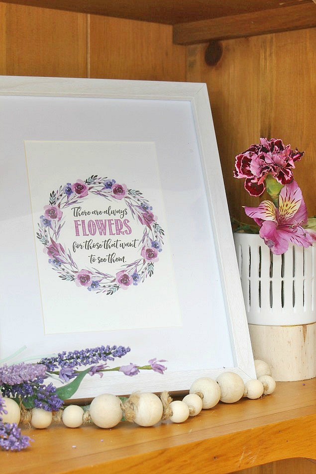 Free Spring Printables and beautiful spring decorating ideas.