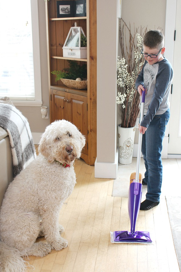 Quick and easy cleaning tips to keep your home clean with minimal effort.
