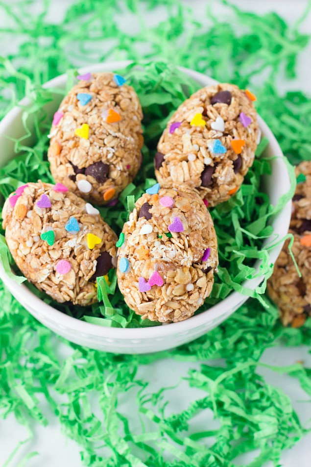 Fun Easter breakfast ideas for kids. The perfect way to start your Easter morning!