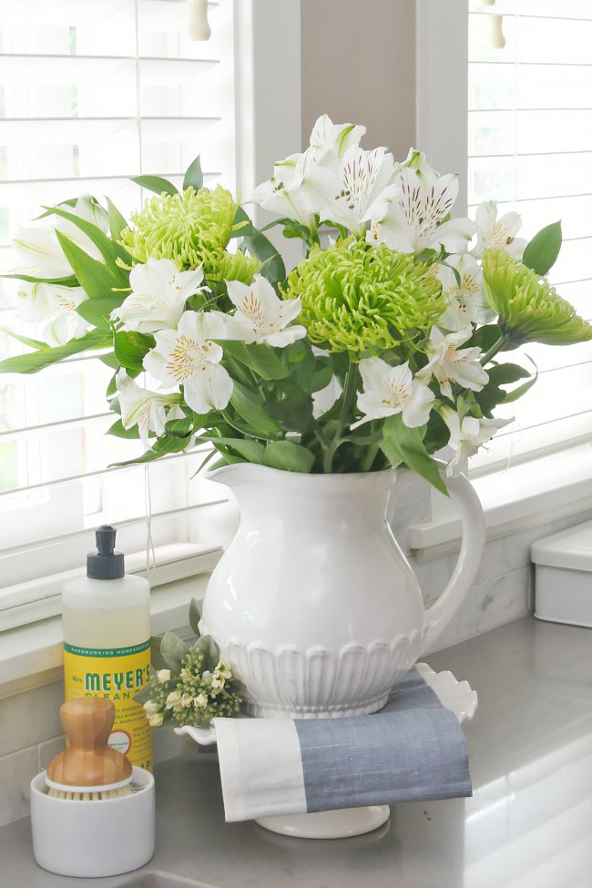 How To Make Cut Flowers Last Longer Clean And Scentsible