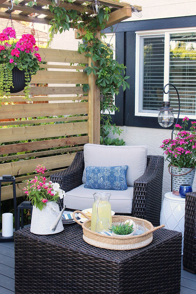 Beautiful summer backyard patio ideas. Take your living space outdoors!