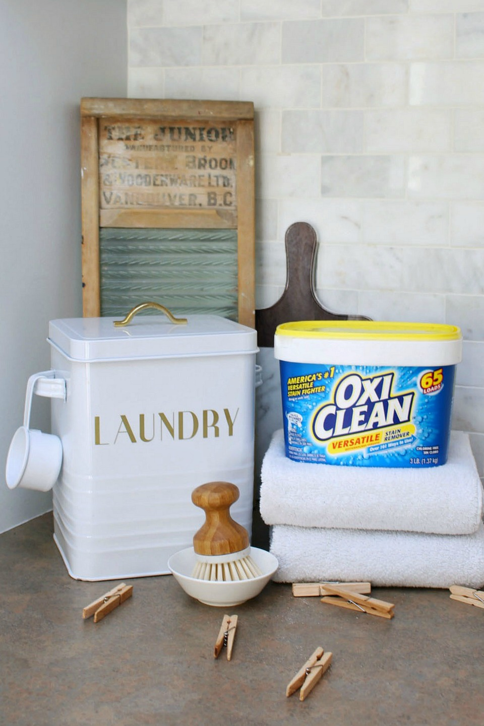 7 things that you can clean with OxiClean. I love it when one cleaner can be used for so many different cleaning tasks. #ad