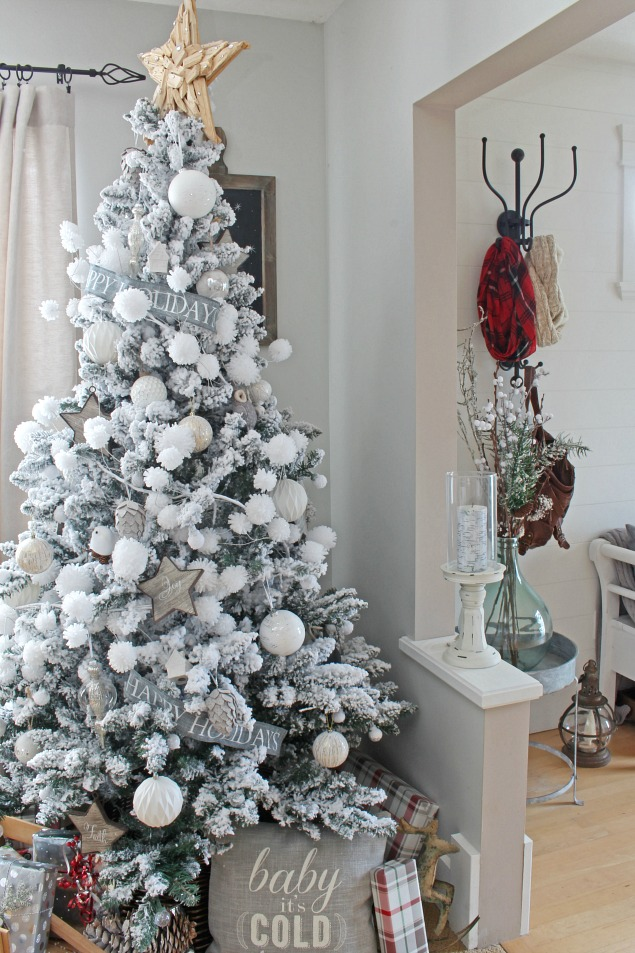 Beautiful flocked Christmas tree.