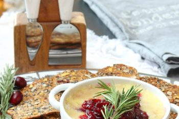 Cranberry Baked Brie Holiday Appetizer