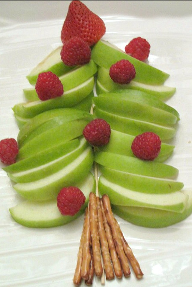 Apple Christmas Tree and other fun Christmas breakfast ideas.