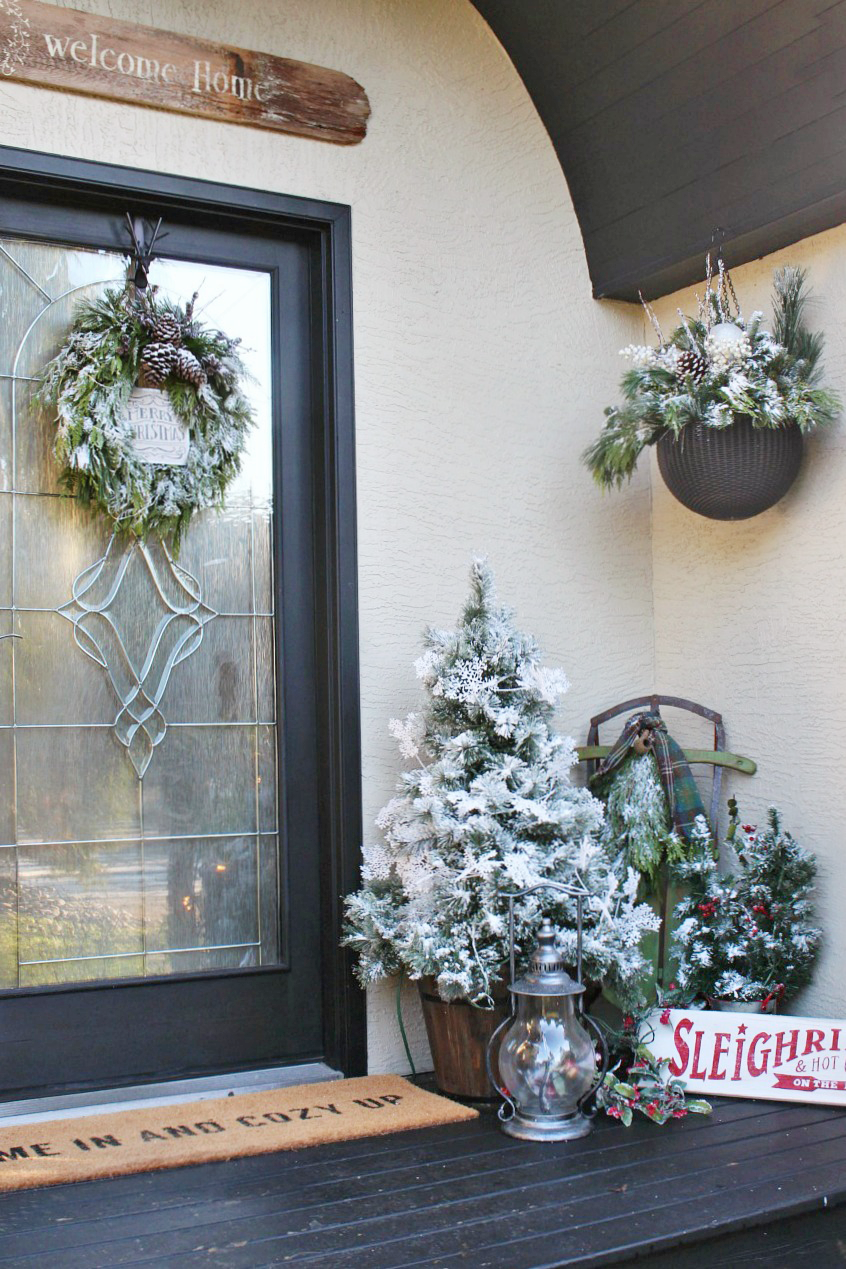 Hanging Christmas Decorations Diy.Diy Christmas Hanging Baskets Clean And Scentsible