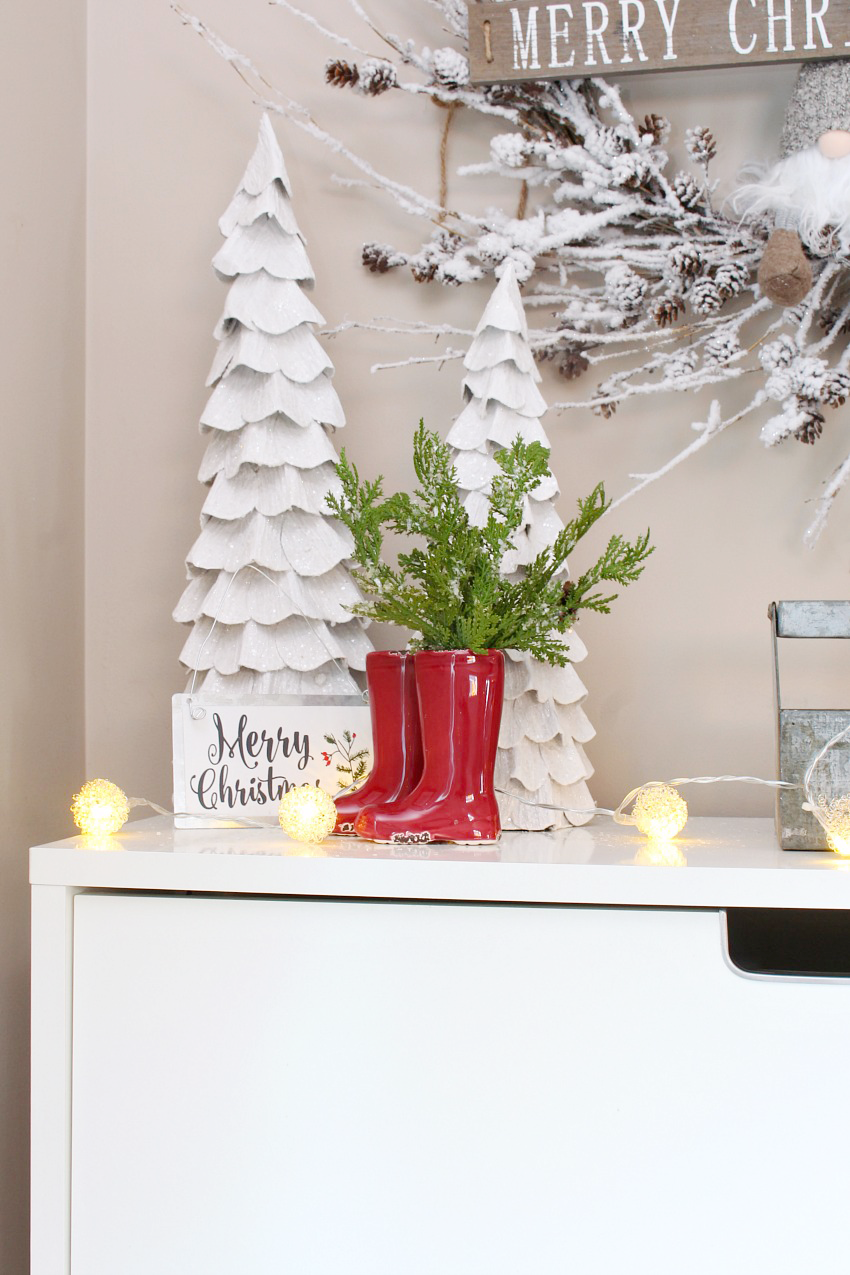 Christmas Front Entry Decorating Ideas. Pretty And Simple Ideas To Dress Up  Your Front Entry