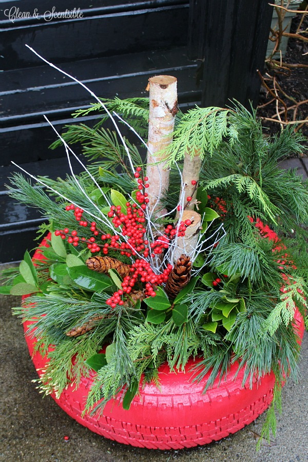 Gorgeous DIY Christmas planter in a recycled tire.