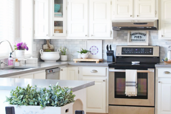 8 Steps to An Organized Kitchen {February HOD}