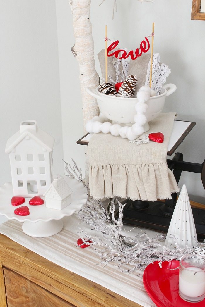Simple Valentine's Day Decor Ideas. Lots of great ideas to add some love to your home!