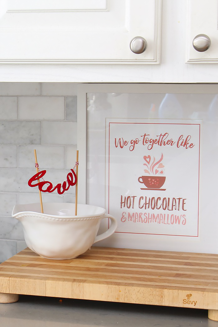 We Go Together like Hot Chocolate and Marshmallows free Valentine's Day printable.