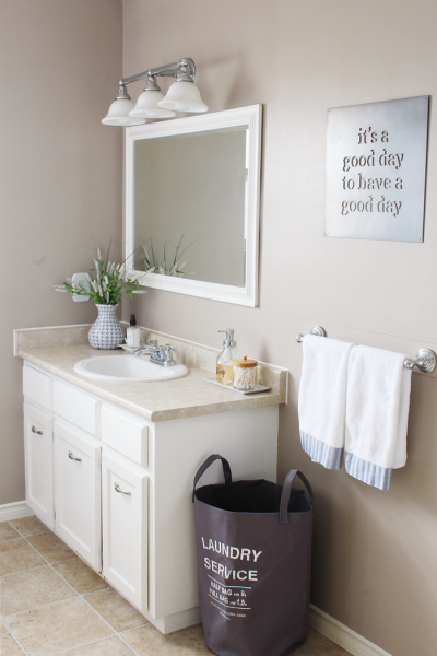 9 Easy Tips to Organize the Bathroom