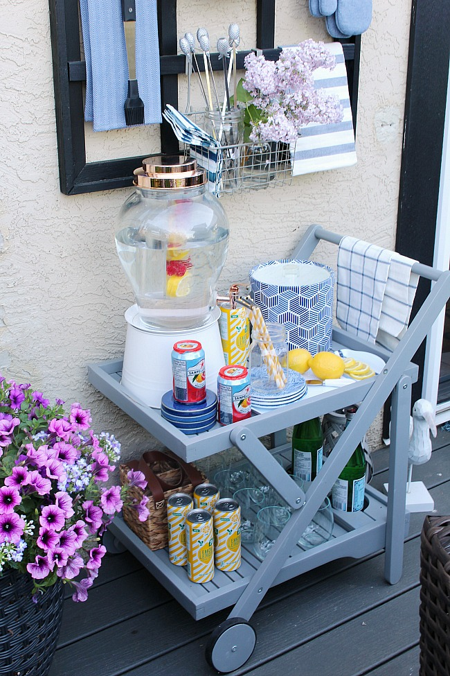 Outdoor Beverage Cart.