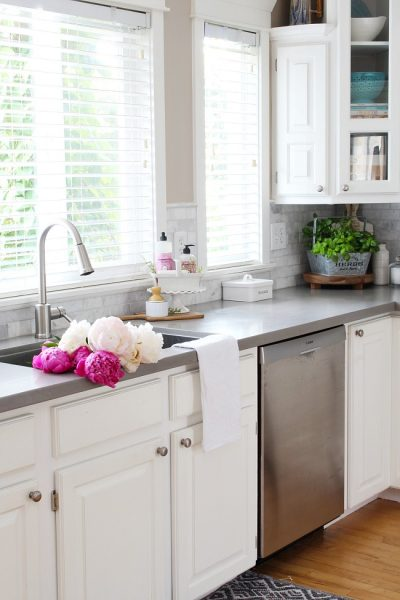Summer Kitchen Decorating Ideas and Summer Home Tour
