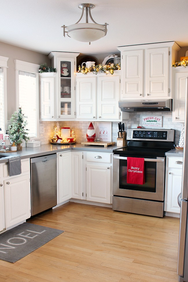 Christmas Kitchen Decor Clean And Scentsible