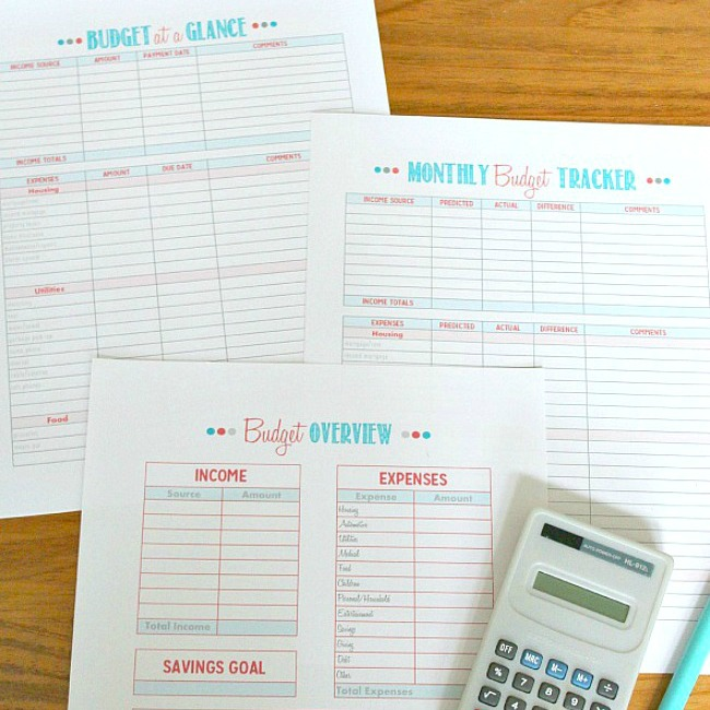 Set of three free budgeting printables.