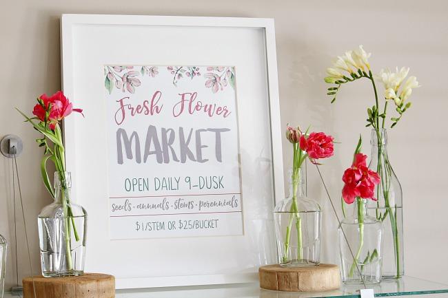 Fresh Flower Market free spring printable with simple fresh flower display in glass bottles.