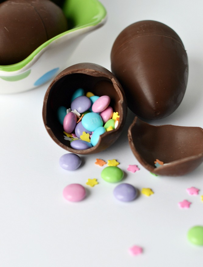 Fun confetti chocolate Easter eggs tutorial filled with favorite Easter candies.