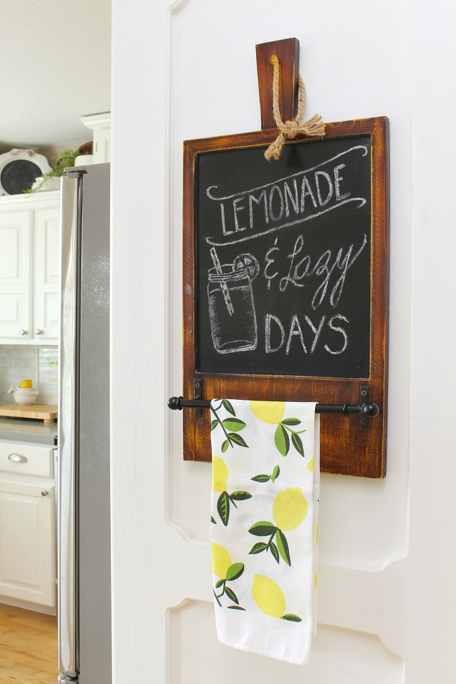 Lemonade and Lazy Days summer chalkboard.
