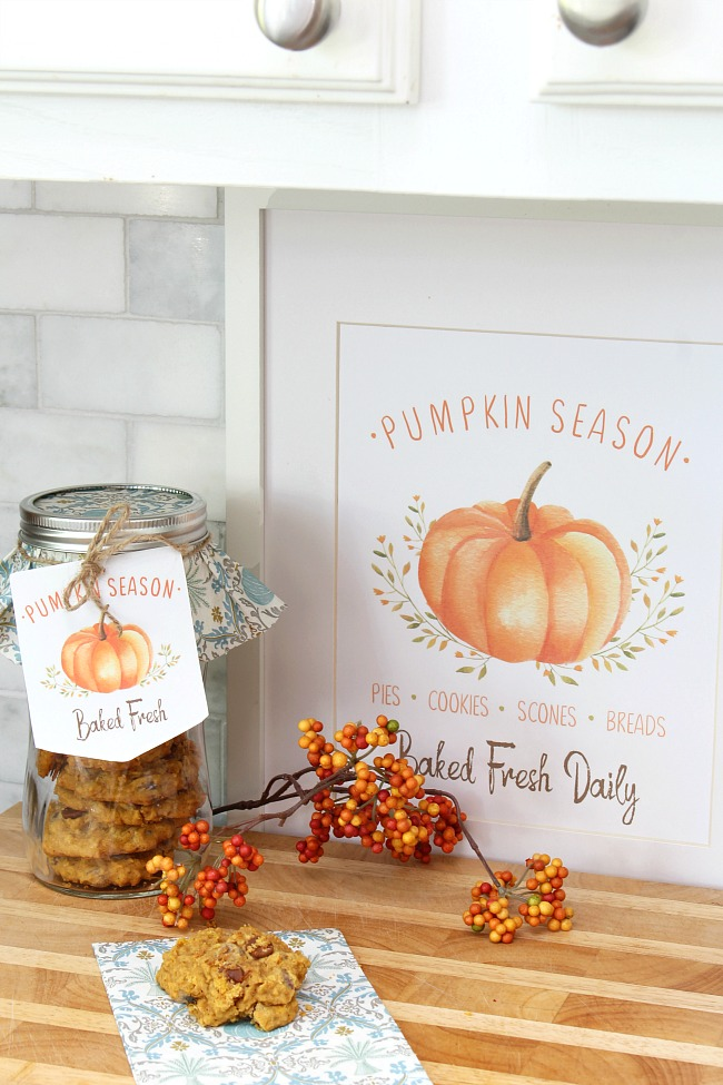 Pumpkin Season free fall printable used as fall artwork and tags for fall baking gifts.