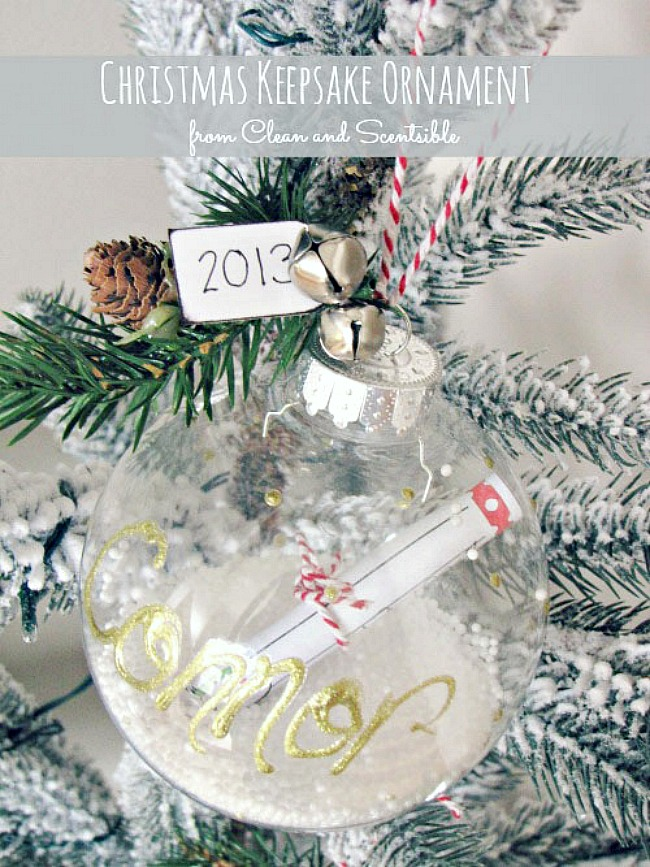 Handmade Christmas keepsake ornament with free printable.