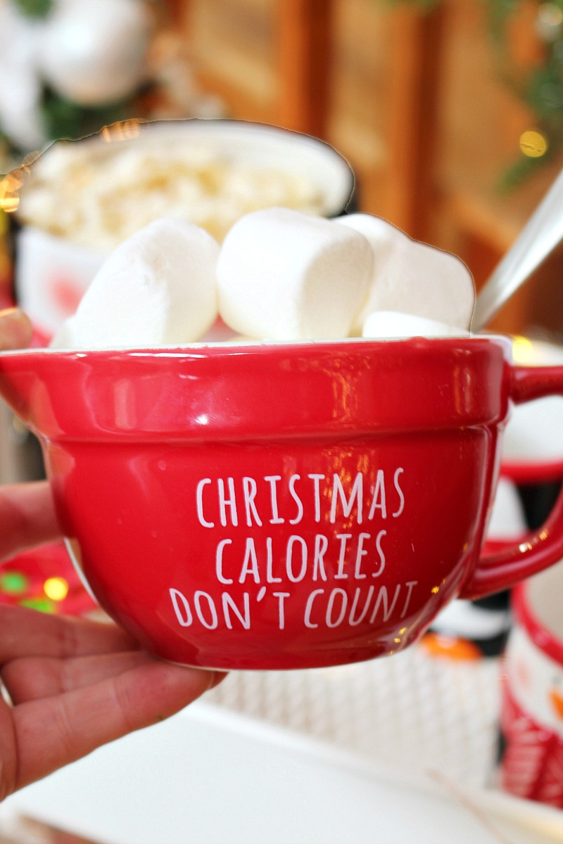 Christmas calories don't count measuring cup.