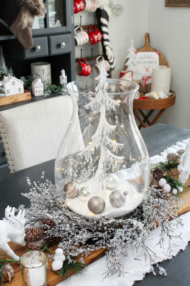 Image of: Christmas Dining Room Decor Clean And Scentsible