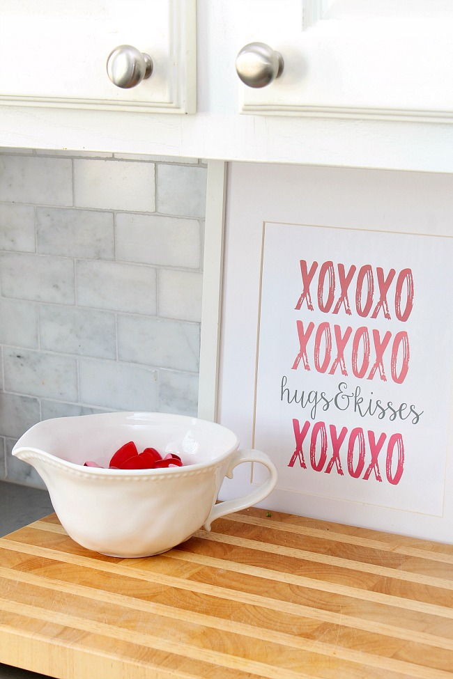 Valentine's Day vignette with free Valentine's Day printable.