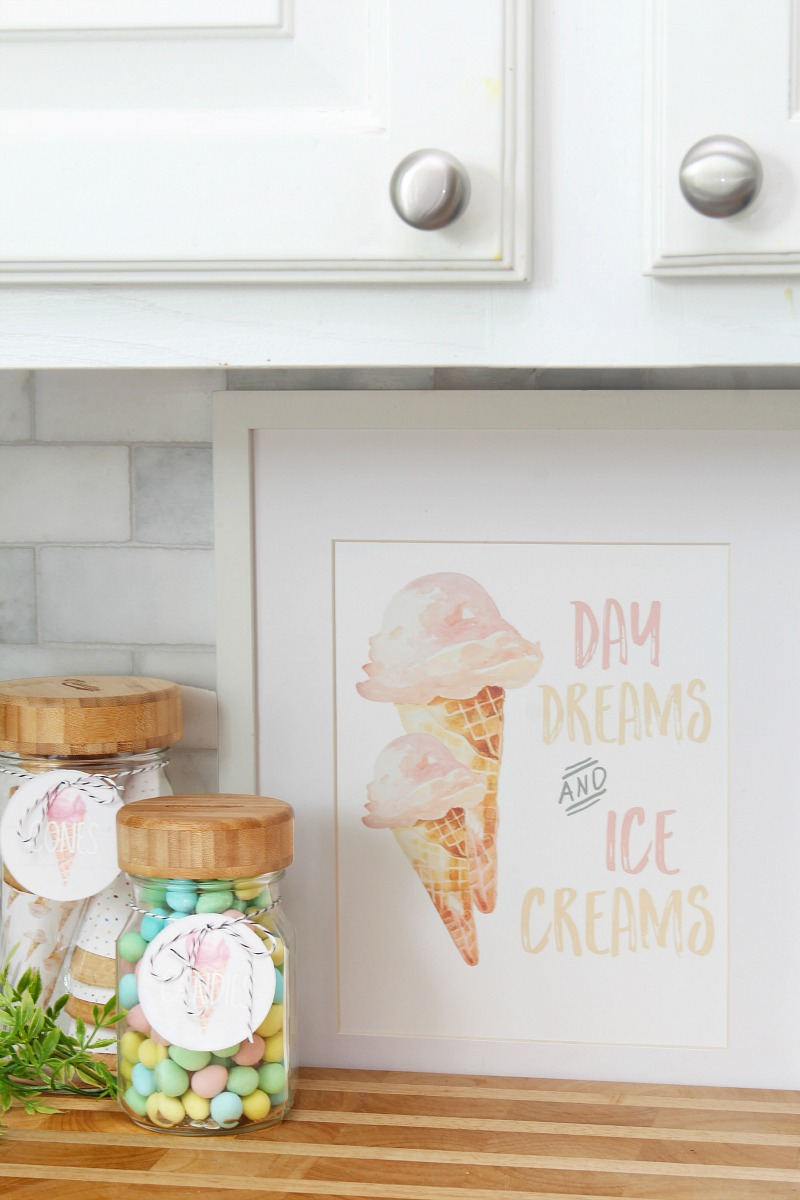 Day Dreams and Ice Creams summer printable with ice cream toppings.