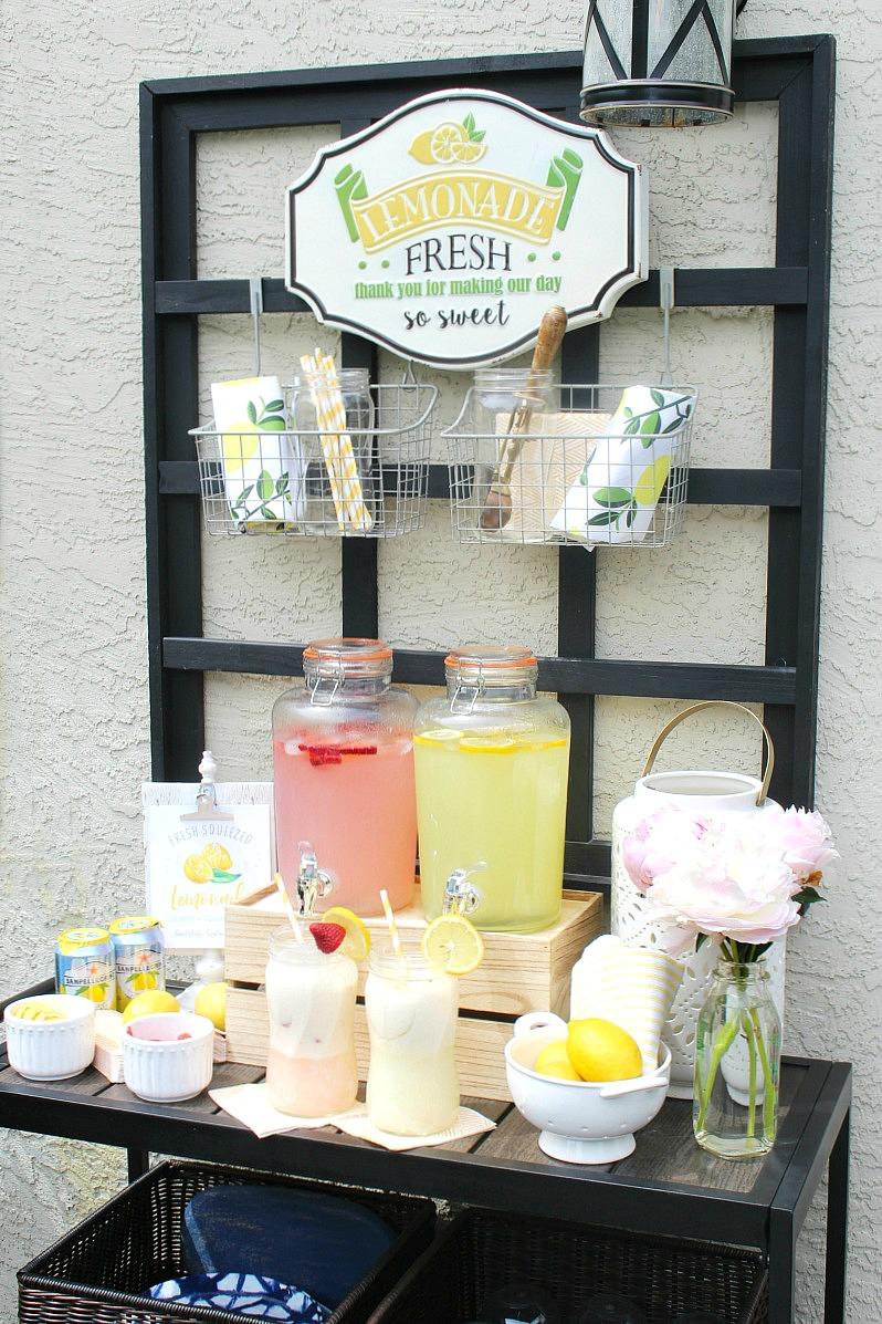 Lemonade float bar with strawberry and regular lemonade.