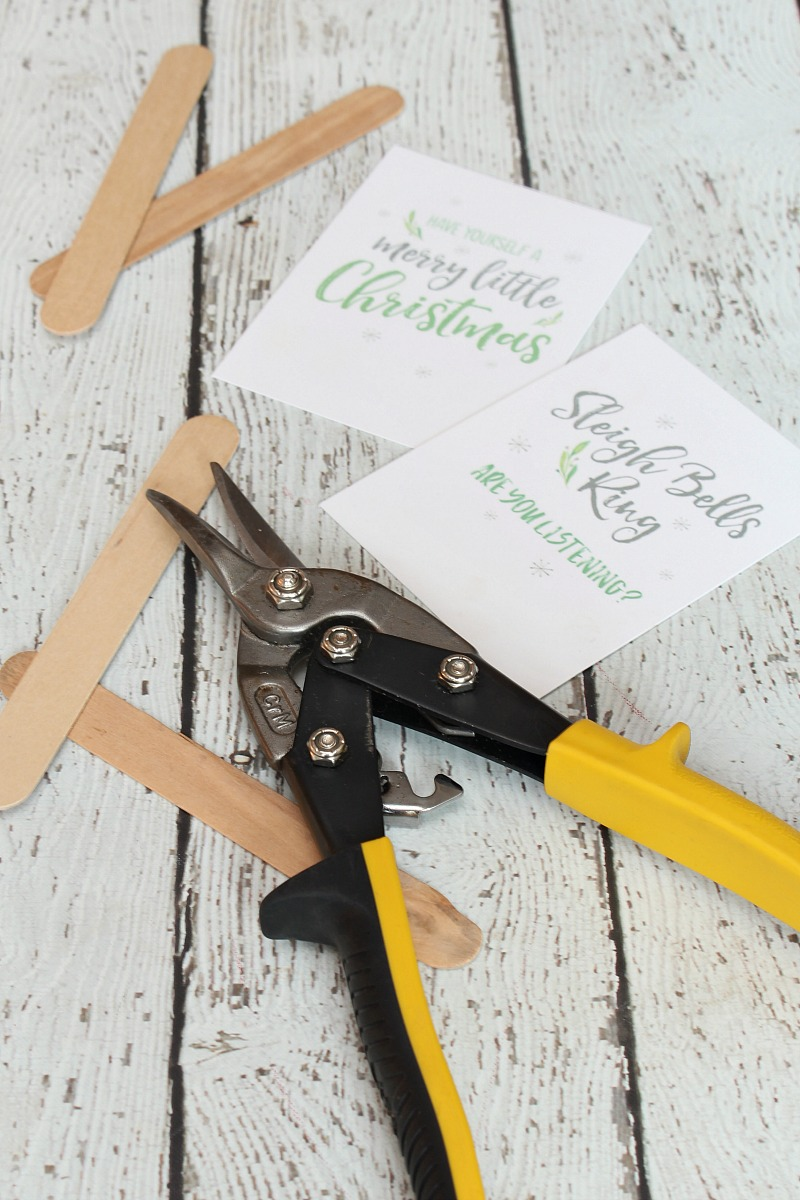 Christmas printables for DIY Christmas ornaments.