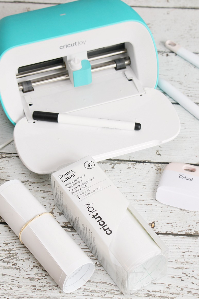 Cricut Joy and supplies needed to make DIY spa labels.