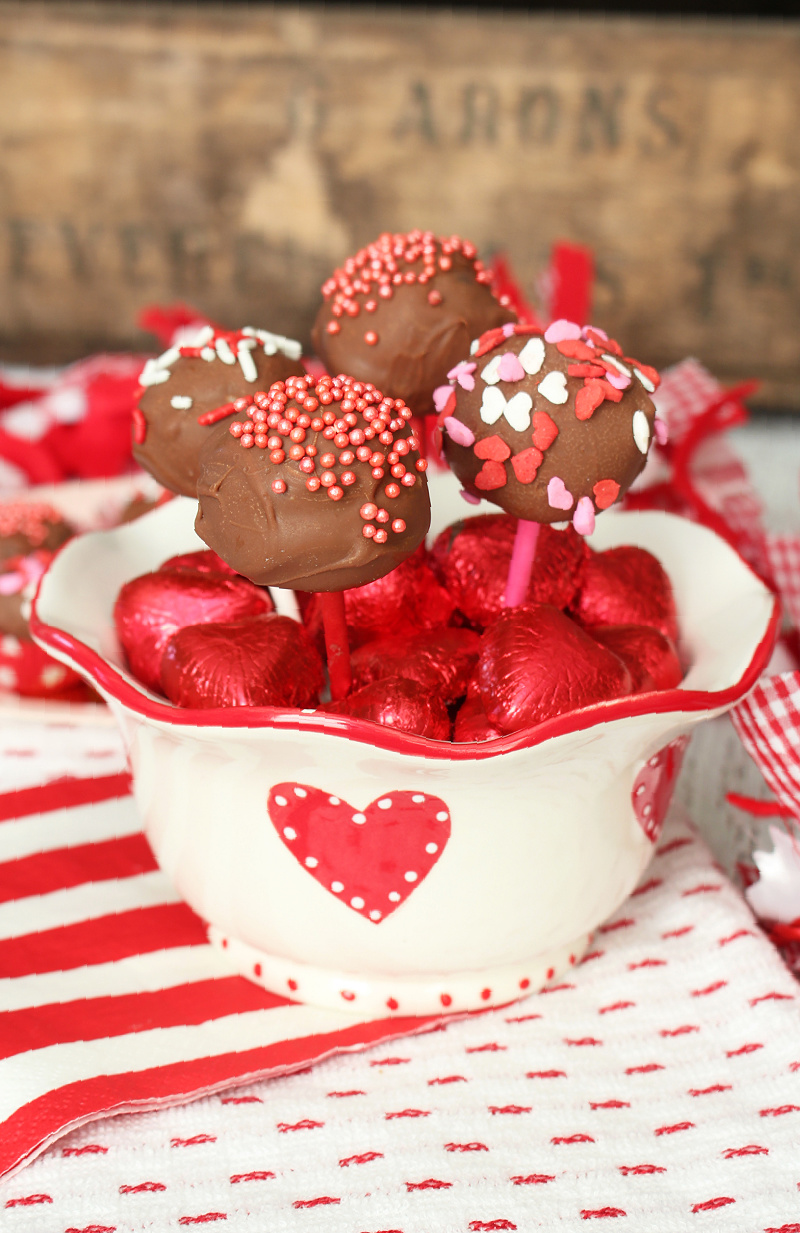 Oreo ball pops in a Valentine's Day bowl.