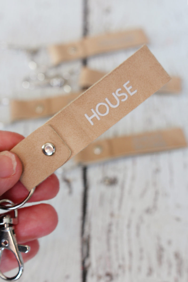 DIY key fob tutorial using Cricut faux suede.