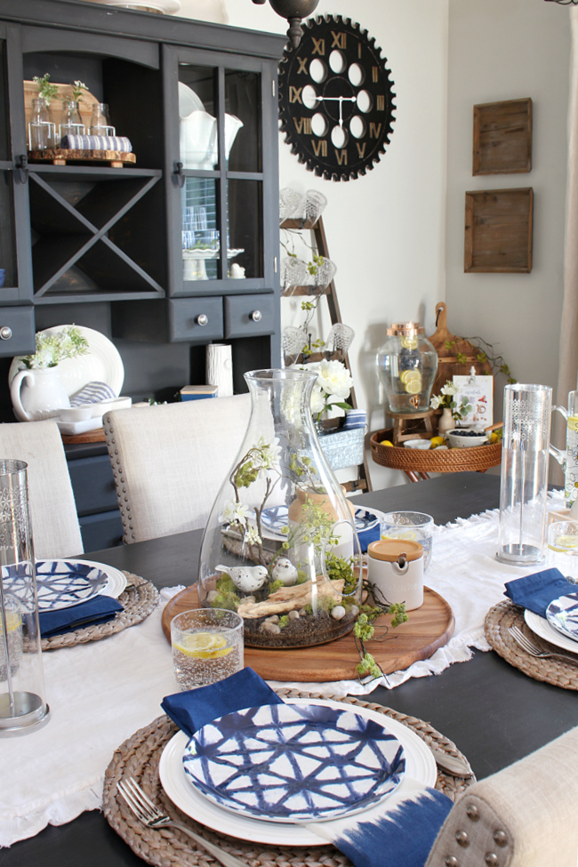 Pretty summer dining room decorated with blues, greens, and a hint of yellow.