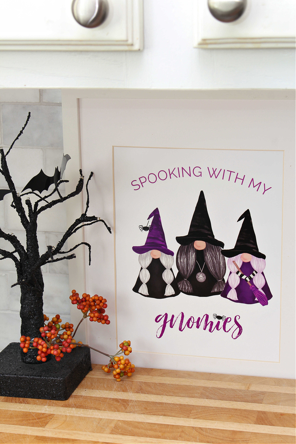 Spooking With My Gnomies free Halloween gnome printable.
